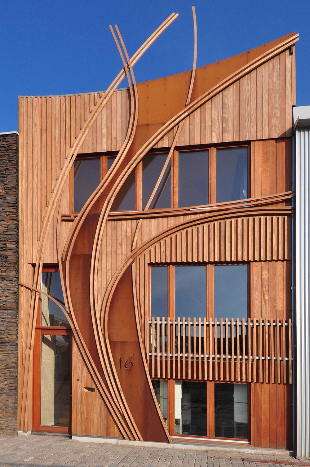 Contemporary Artistic Wooden Exterior